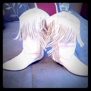 Dingo white cowgirl boots
